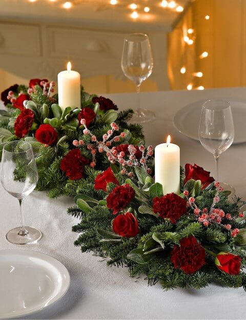 Natural table centre for Christmas dinner Photo by Christ Church Colne