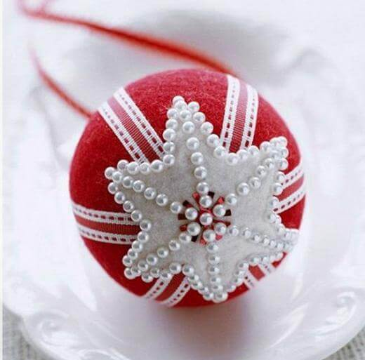 red Christmas balls with pearls