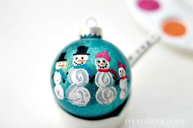snowman-family balls