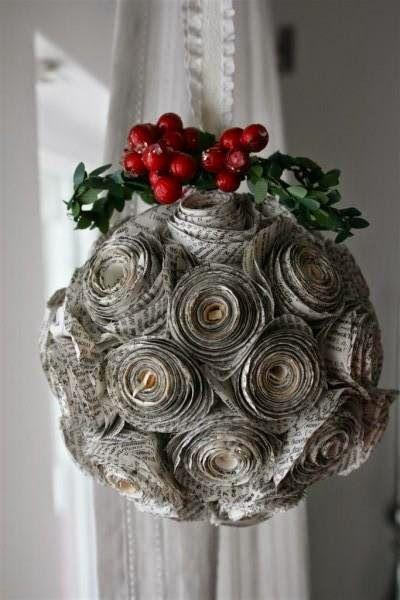 Christmas balls - Christmas balls with paper flowers