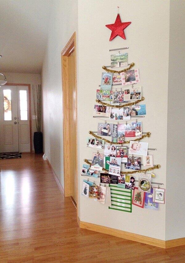 Aisle Christmas panel