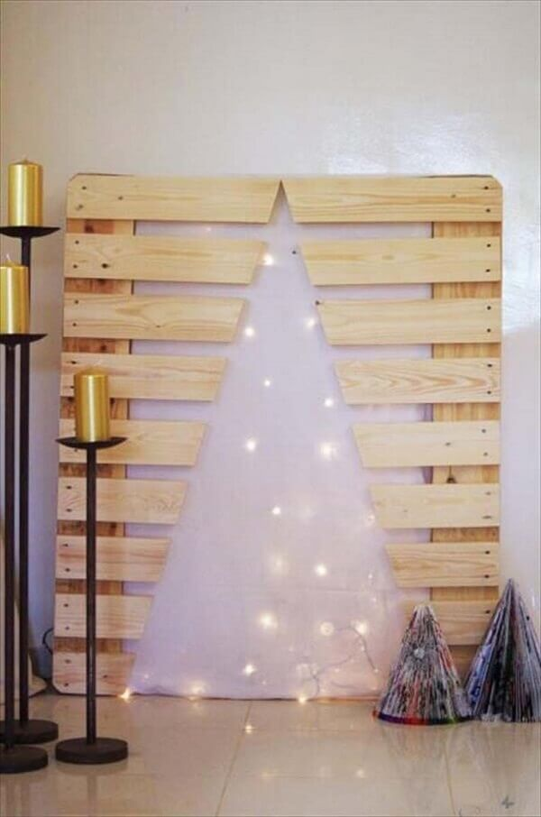 Pallet wood Christmas panel