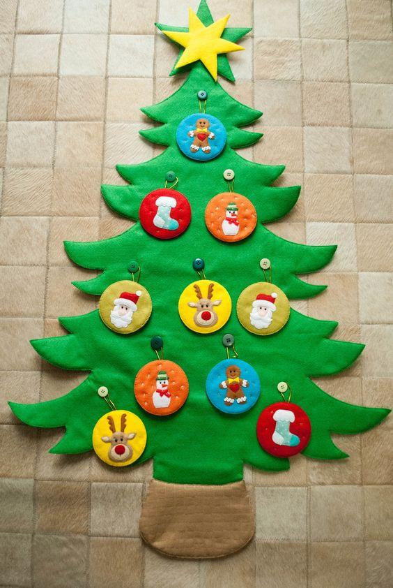 Felt Christmas panel for kids to play