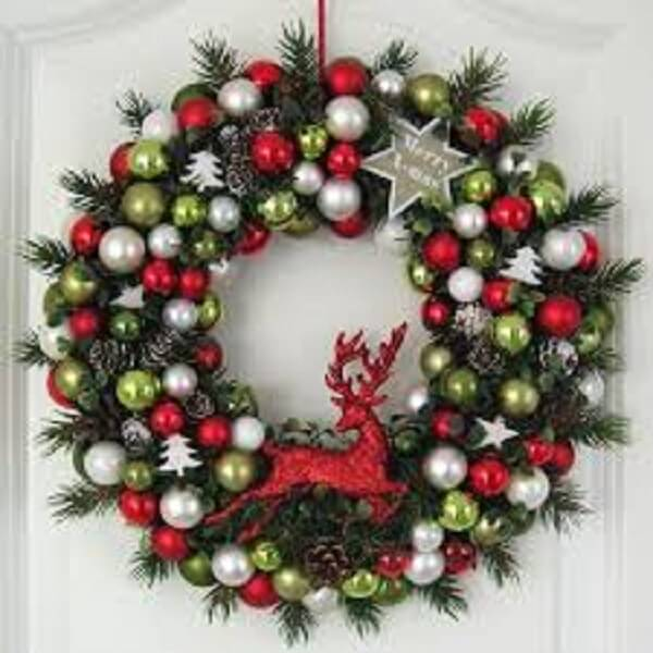 Christmas wreath made polka dots and red moose