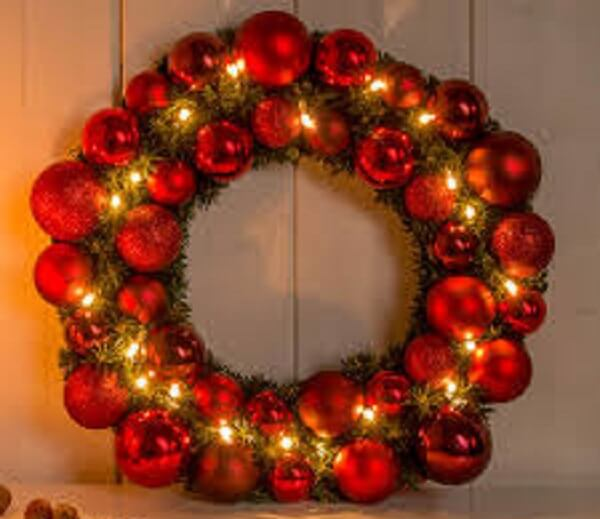 Christmas wreath made with red polka dots