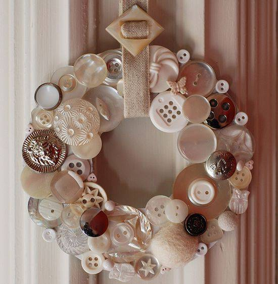 Christmas wreath with buttons