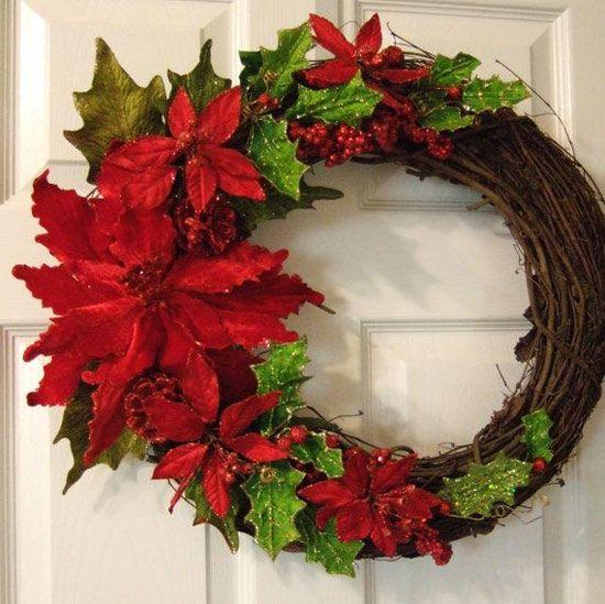 kite beak christmas wreath