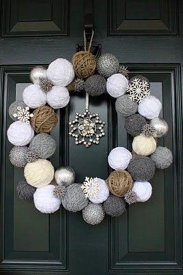 christmas wreath with balls of thread