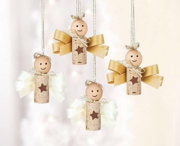 Handicraft Christmas angel of corks