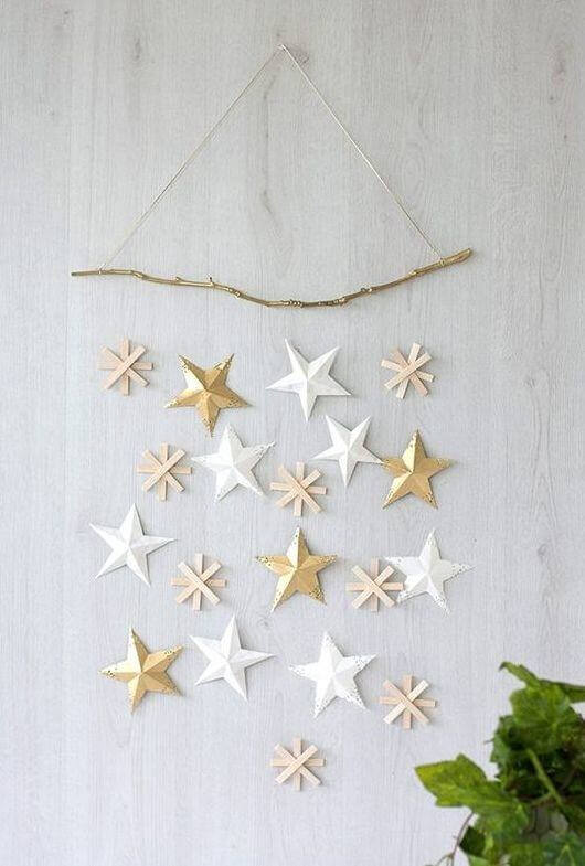 Gold stars decorate the wall