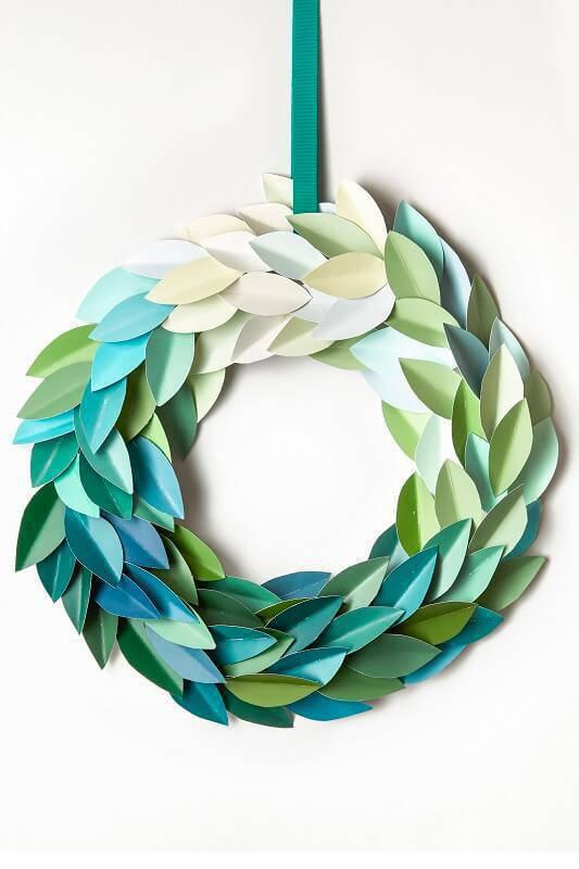 Diy-paint leaf garland Christmas craft