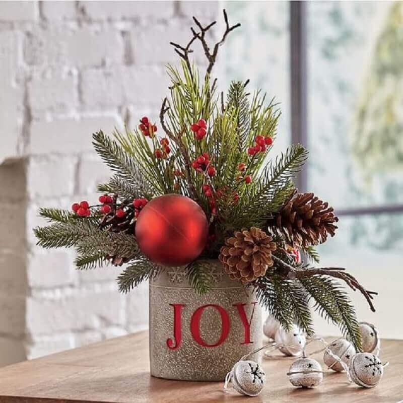 Christmas arrangement template with pinecones Country Door Photo