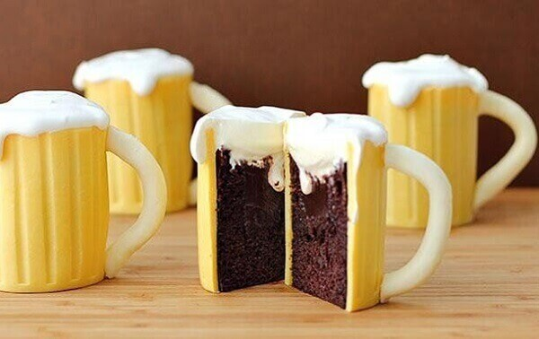 Party bar cake