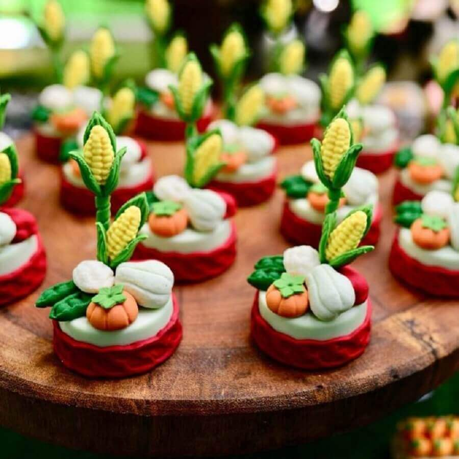 custom sweets with vegetables for party farm Laterlier Photo